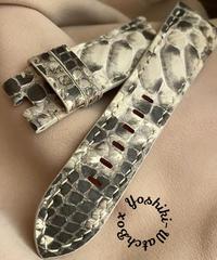 パイソン レザー 腕時計ベルト ホワイト/ブラック (ラグ幅26mm - バックル幅22mm) pyt-63