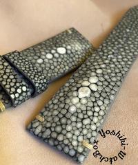 スティングレイ レザー 腕時計ベルト グレー (ラグ幅26mm - バックル幅22mm)  sti-13