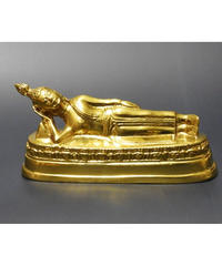 タイの曜日仏陀 火曜