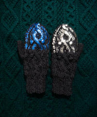 Hand aran knit mittens DARK GRAY *happy mistake!