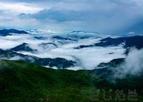 【写真】山と雲の渋み