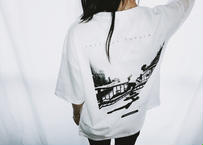 【Relax】Unisex Back Print Big Silhouette Tee ( White )