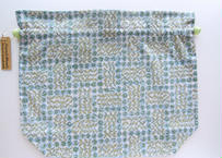 リバティトラベル巾着・スリーピングローズ・グリーン