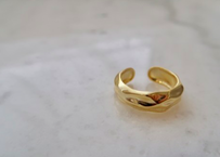 gold rock ring