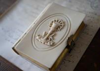 フランスアンティーク 聖書 聖杯 アイボリー