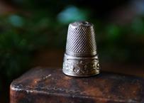すずらん スズラン 純銀製 指貫 フランスアンティーク ブロカント