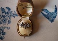 French antique & brocante ツバメのブローチ フランスアンティーク