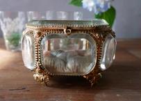 フランスアンティーク 厚いガラスの ジュエリーボックス
