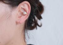 Akoya white L ear cuff