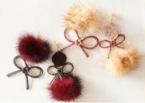 金沢水引とファーのリボンピアス Mizuhiki and Fur Ribbon Earrings