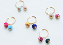 色デザイナーの金沢水引のイヤーカフ The Colorist's  Mizuhiki Ear Cuffs
