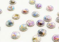 色デザイナーの純金箔きまぐれ耳飾り ~ シルバー ~ The Colorist's Improvised Pure Gold Leaf Earrings - Silver