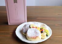 【たもんの米粉パンケーキミックス】石川県産の米粉に上品な甘みが感じられるパンケーキミックスです。