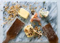 「カノーブル・グルマン」セット大人が楽しむ夜のバター。ゴルゴンゾーラ・フィグ&木の実と干しぶどうとプロシュット(発送目安:注文から1ヶ月〜2ヶ月)