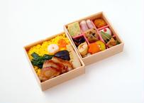 【MR様向け】五目ちらし寿司と彩り9升の二段弁当【ペット茶付き】