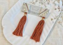 ビーズ刺繍2wayタッセルのピアス(オレンジ)