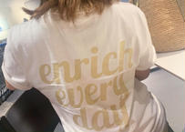 【armi × enricheveryday】everyday crew Tshirt(バックプリント)   CREW REGULAR T - UNISEX