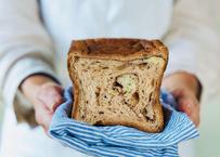 秋の新作!【りんご食パン】ポムポムカネル〜プレミアムりんご〜りんご×くるみ×シナモンのスイート食パンです