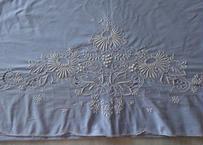 フランスアンティーク コットン製 お花の刺繍入り ブルー 大型シーツ 294x220cm