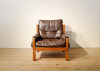 Pierre Chapo / S15 Leather comfy chair B
