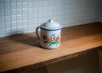 ベトナムホーローカップ_港町で造られる無骨なのに可愛い手描きカップ チューリップデザイン なんて愛おしいプロダクトなんでしょう