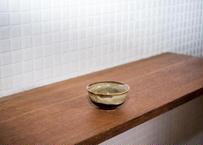 ベトナムバッチャン焼き_ぐい呑のような深めの小皿 /和風の釉薬のほうじ茶色×こげ茶がシックです