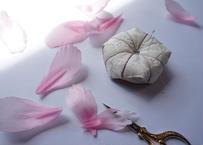 菊の針山(刺繍とキルト)のキット