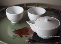 京都白茶宝瓶茶杯两件套 KYOTO Porcelain Houhin Tea ware Set