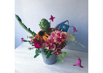 FRESH FLOWER ARRANGEMENT M