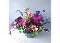 FRESH FLOWER ARRANGEMENT L