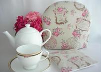 ティーコゼー ちいさなピンクのバラの花【在庫限り】 ふわふわもこもこ マシュマロティーコゼー  ハンドメイド