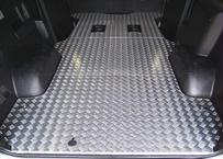 【ハイエースS-GL|3分割フロアーボード】 3型後期~6型|Pスライドドア無|アルミ縞鋼板|法人宛配送