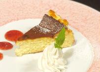 自家製チーズケーキ 1カット(1/8・1ホール18㎝)