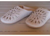 モロッコバブーシュ・白×シルバー刺繍