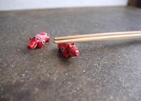 民芸箸枕鶴子|箸置き「 赤べこ」  2体セット