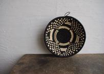 ウガンダ|手編み籠(黒格子)25cm