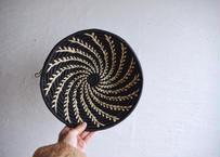 ウガンダ|手編み籠(白螺旋)26cm