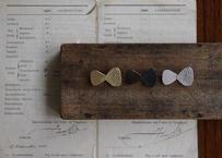 vue.日常のかたち  「ribbon」  ブローチ/真鍮