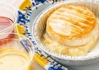 カマンベールチーズの丸ごとロースト