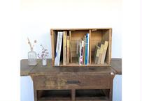 棚板付き木箱