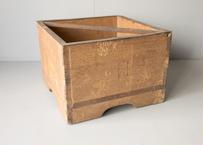 持ち手つき木箱