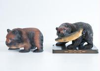 優しそうな木彫りのクマ