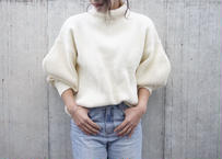 VOLUME SLEEVE TURTLE KNIT