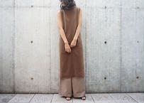 HIGH-NECK  SLEEVELESS KNIT ONEPIECE