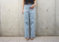 LOOSE FIT HIGHWAIST DENIM