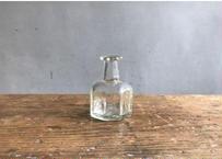 工場型八角小瓶