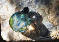 月と花 レインボーオパール UV (ボロシリケイトガラス) ON-11204