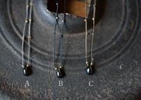 ブラックスター/一粒の鉱物ネックレス92