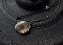 コランダム(サファイア)/一粒の鉱物ネックレス1