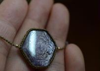 コランダム(サファイア)/一粒の鉱物ブレスレットA1